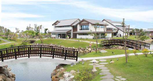 DANCEWOODS-RESORT3.jpg