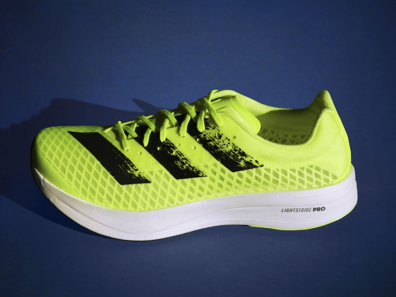 รองเท้ารุ่น adidas adizero adios PRO